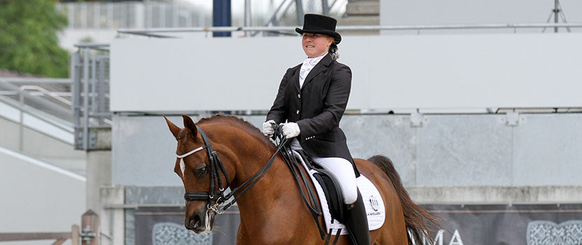 Maika W Nikolajsen – elite dressage rider sponsored by Danish Fibres